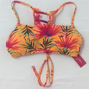 Xhiliration Bikini Top sz L Fun Back